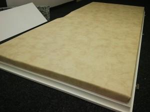 Lisované akustické desky